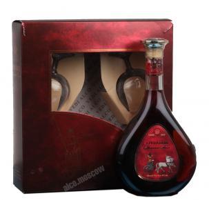 Cognac Erevanchi 10 years Коньяк Ереванци в п/у с двумя бокалами 10 лет