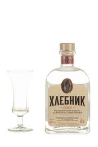 Водка Полугар Хлебник 0.5l