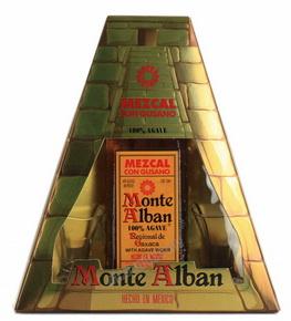 Monte Alban Текила Монте Альбан c с гусеницей агавы в п/у + 2 рюмки