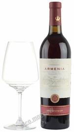 Armenia Red Semisweet 2013 армянское вино Армения Красное полусладкое 2013